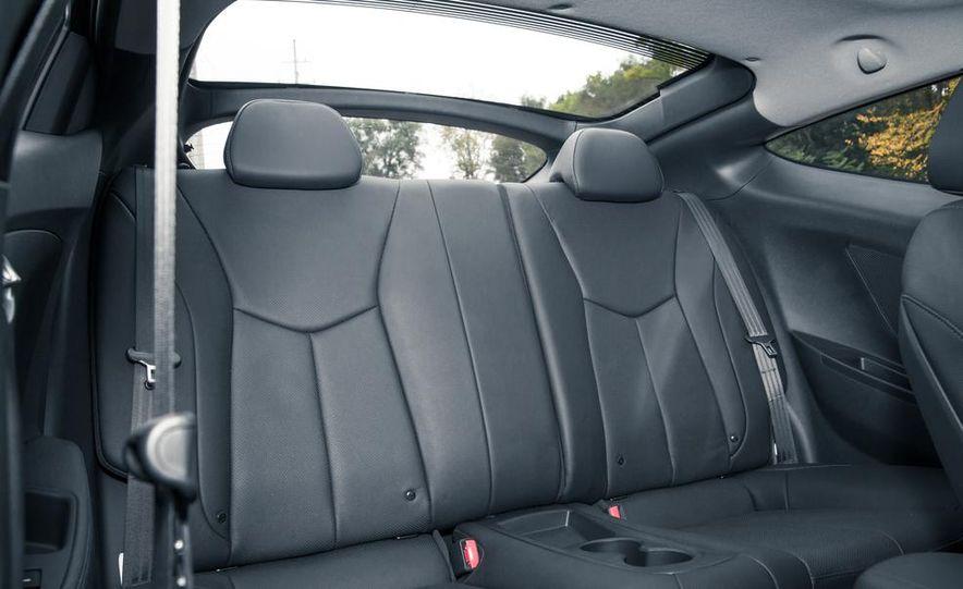 2013 Hyundai Veloster Turbo - Slide 44