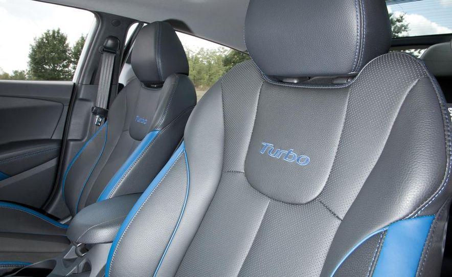 2013 Hyundai Veloster Turbo - Slide 92