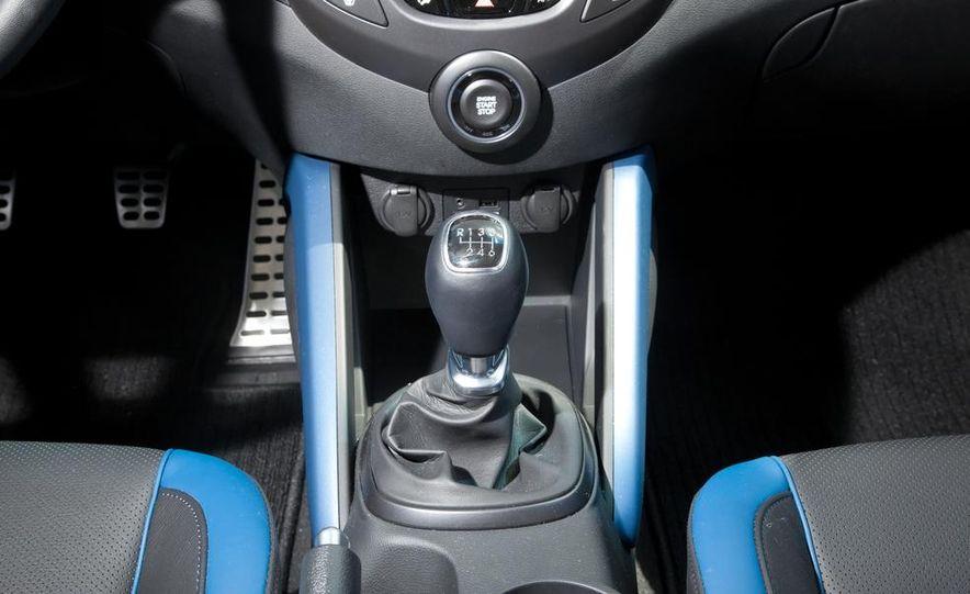 2013 Hyundai Veloster Turbo - Slide 98