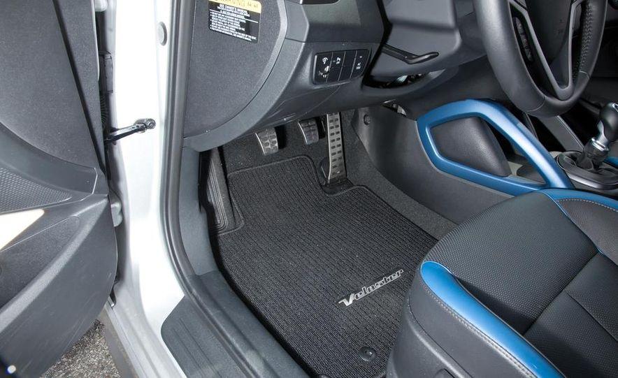 2013 Hyundai Veloster Turbo - Slide 99