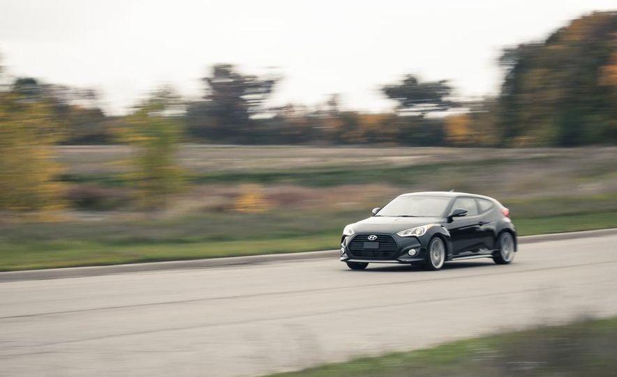 2013 Hyundai Veloster Turbo - Slide 10