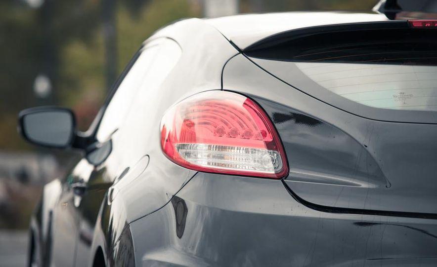 2013 Hyundai Veloster Turbo - Slide 20