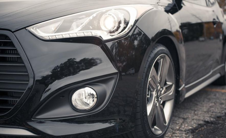2013 Hyundai Veloster Turbo - Slide 31