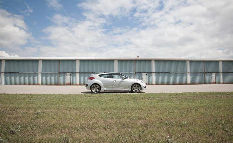 2013 Hyundai Veloster Turbo - Slide 66