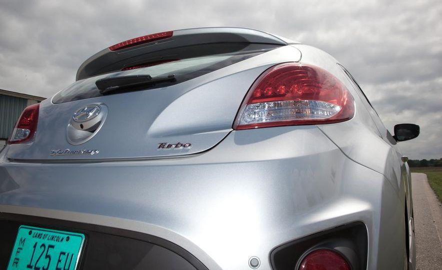 2013 Hyundai Veloster Turbo - Slide 82