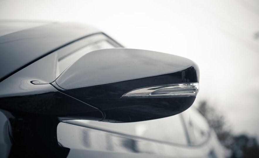 2013 Hyundai Veloster Turbo - Slide 34