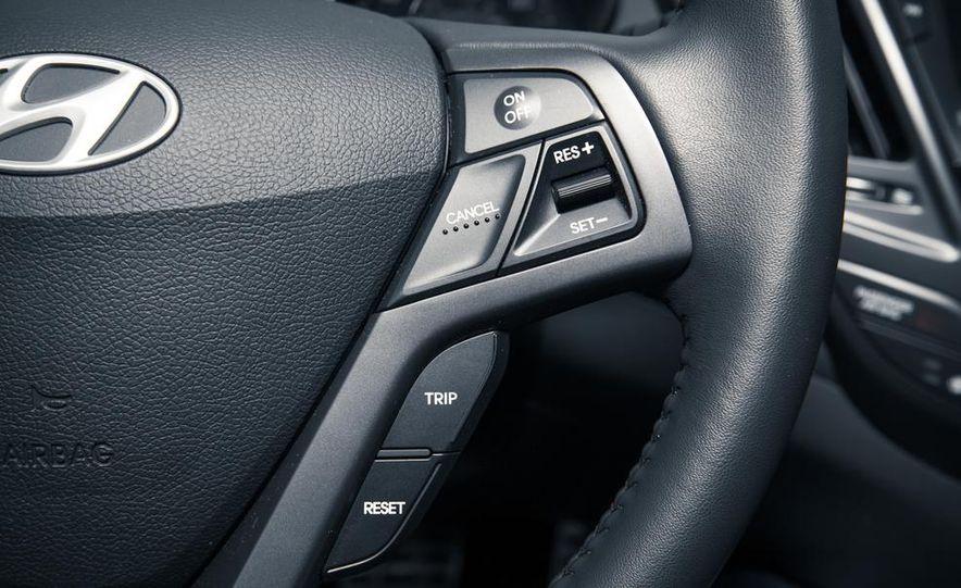 2013 Hyundai Veloster Turbo - Slide 53