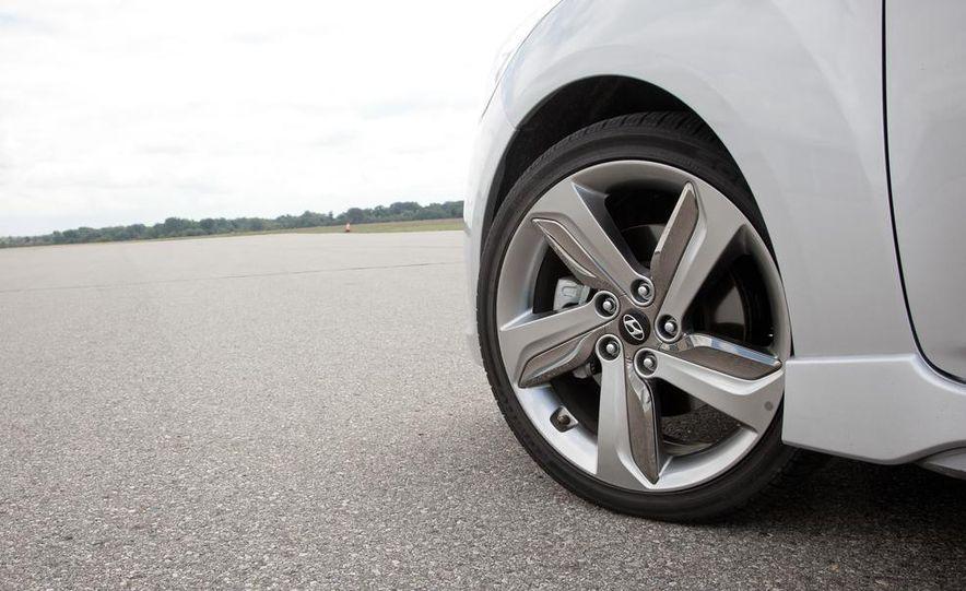 2013 Hyundai Veloster Turbo - Slide 78