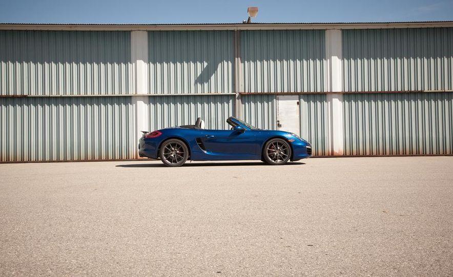 2013 Porsche Boxster S - Slide 11