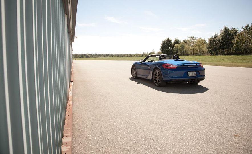 2013 Porsche Boxster S - Slide 17