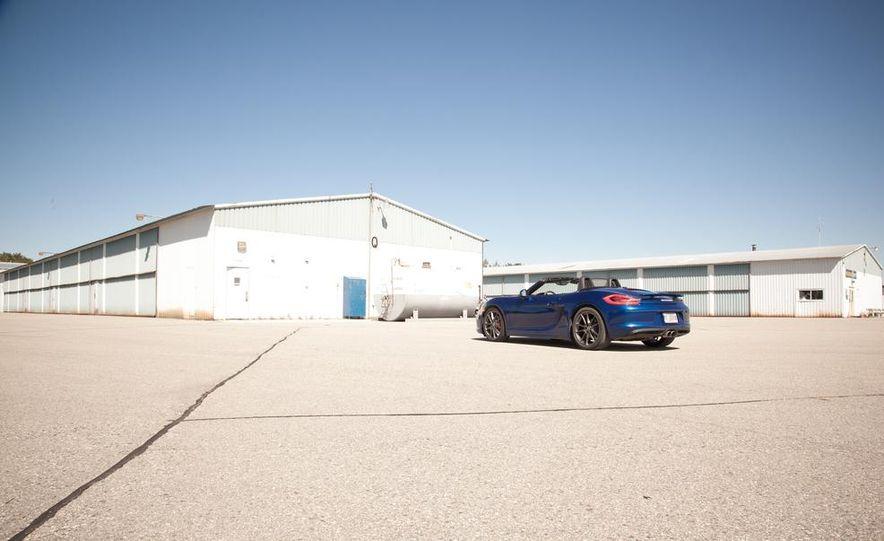 2013 Porsche Boxster S - Slide 18