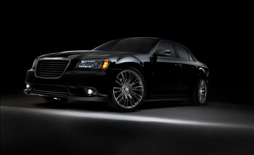 2013 Chrysler 300C John Varvatos Limited Edition - Slide 2