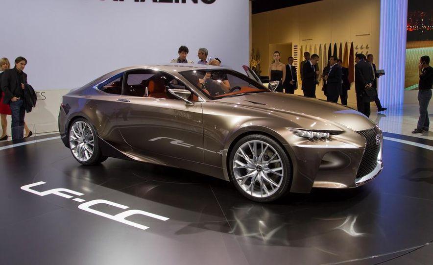 Lexus LF-CC concept - Slide 1