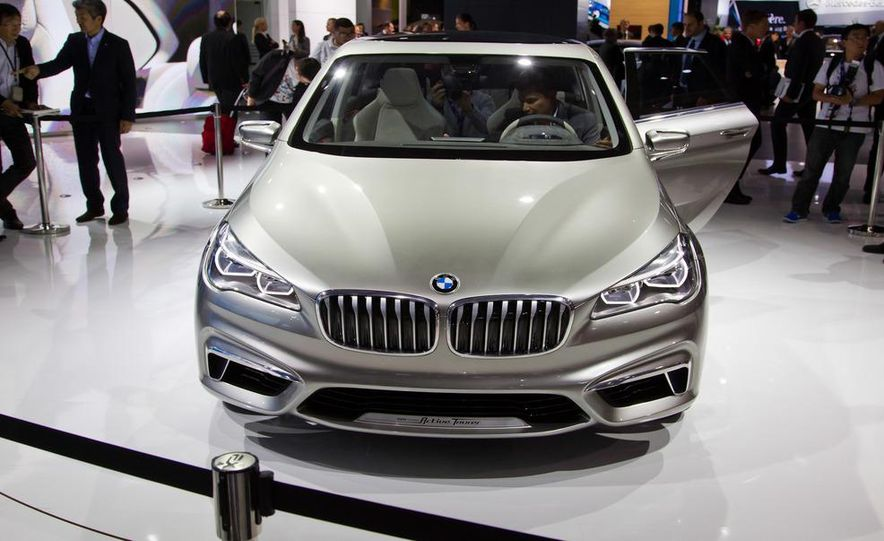 BMW Concept Active Tourer eDrive - Slide 6