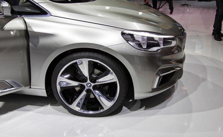 BMW Concept Active Tourer eDrive - Slide 11