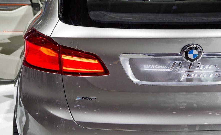 BMW Concept Active Tourer eDrive - Slide 14