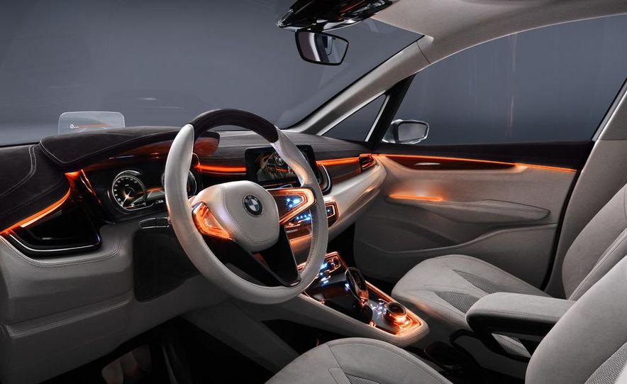 BMW Concept Active Tourer eDrive - Slide 26