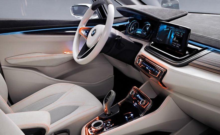 BMW Concept Active Tourer eDrive - Slide 28