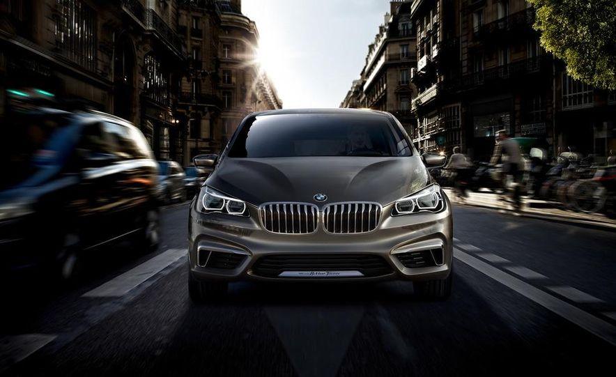 BMW Concept Active Tourer eDrive - Slide 17