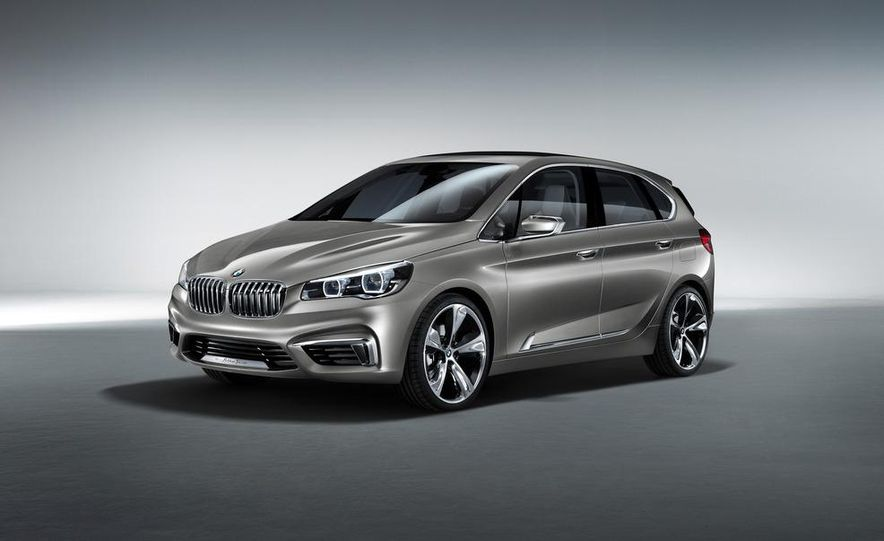 BMW Concept Active Tourer eDrive - Slide 23