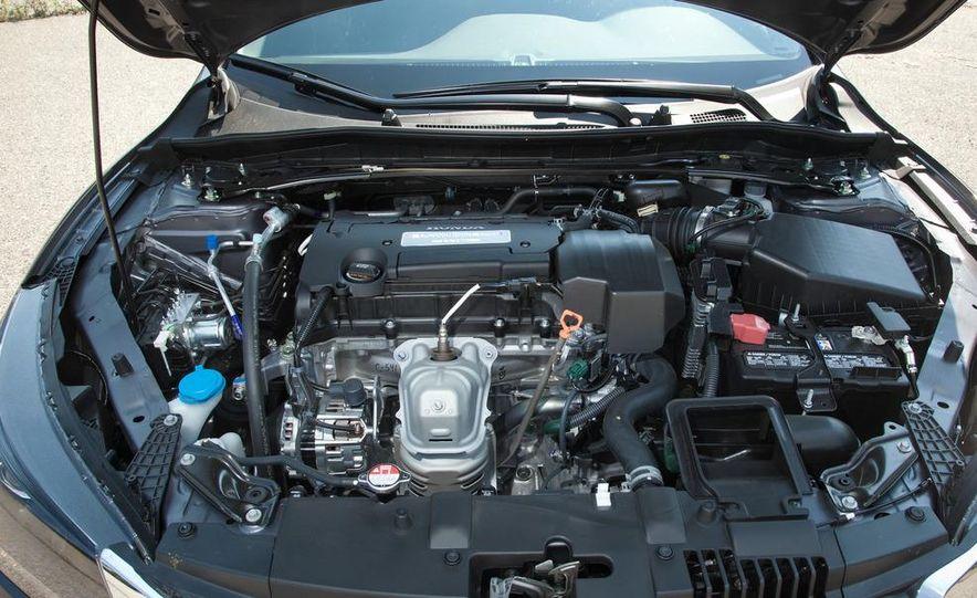 2013 Honda Accord Sport sedan - Slide 28