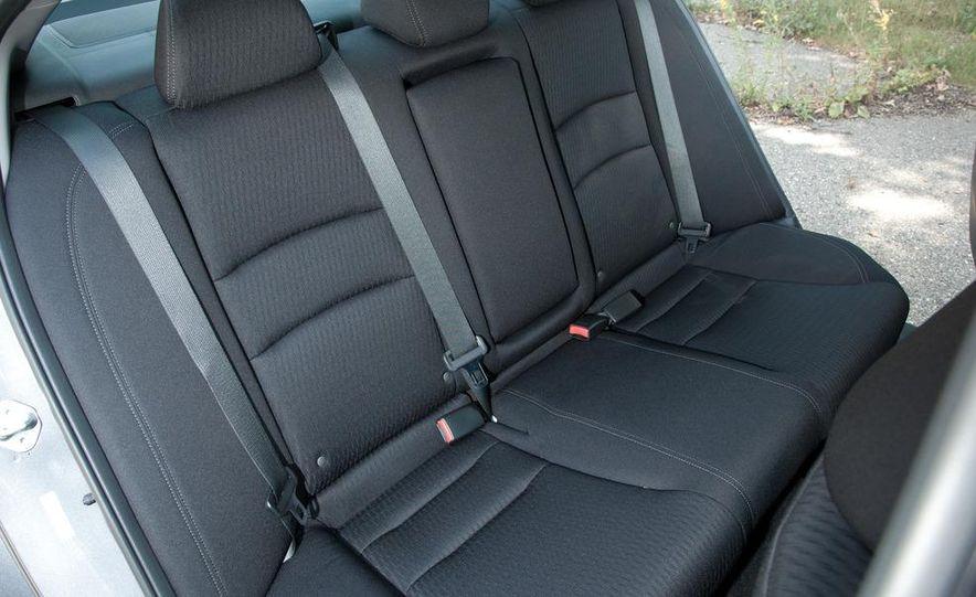 2013 Honda Accord Sport sedan - Slide 20