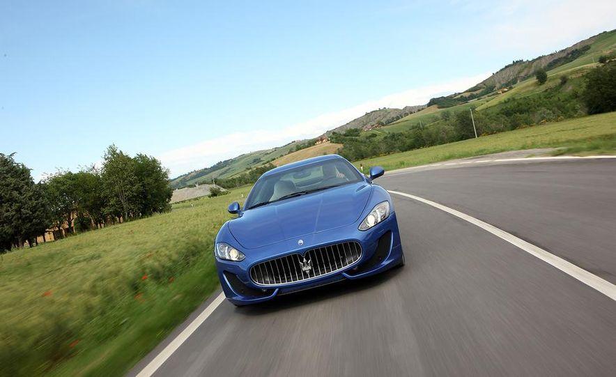 2013 Maserati GranTurismo Sport - Slide 11