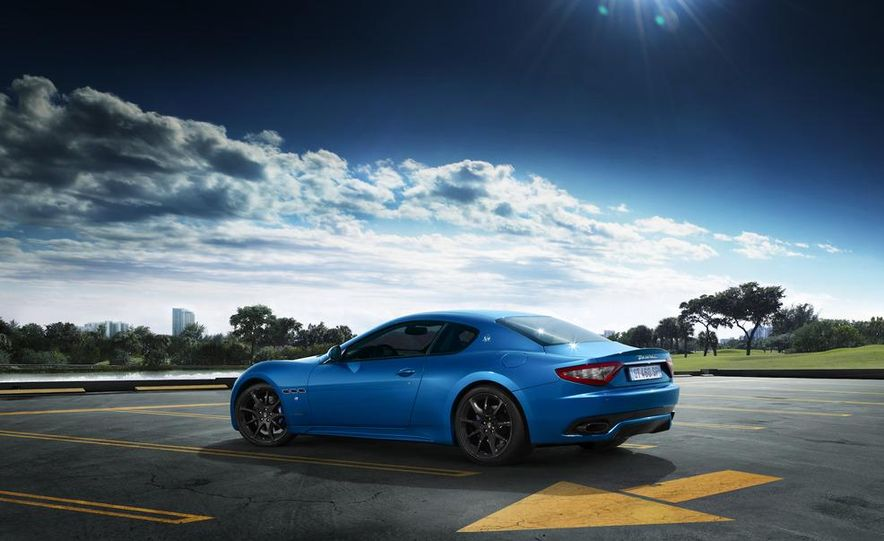 2013 Maserati GranTurismo Sport - Slide 21