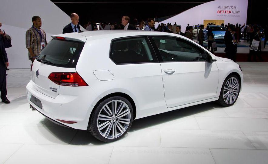 2014 Volkswagen Golf BlueMotion 3-door concept - Slide 24