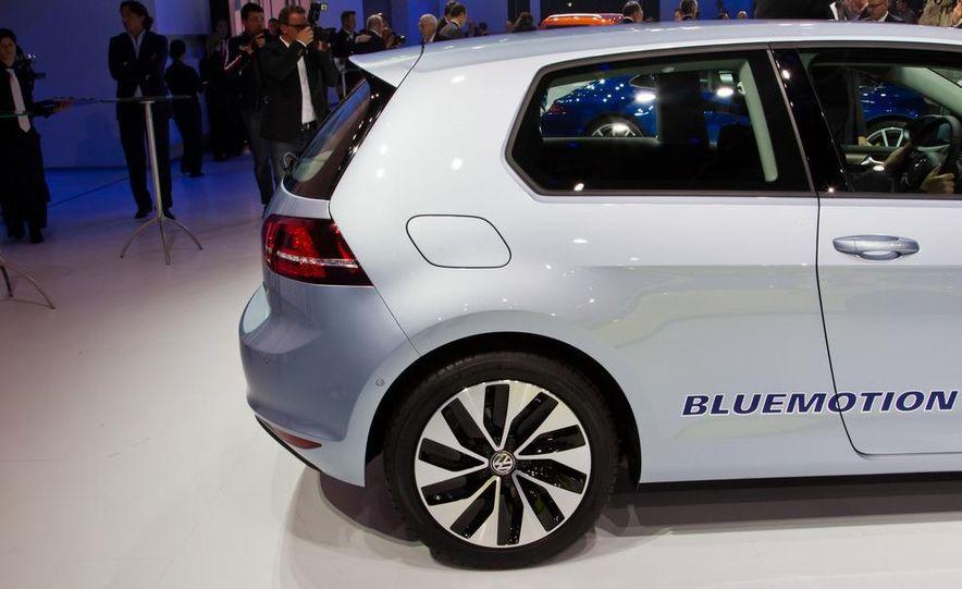 2014 Volkswagen Golf BlueMotion 3-door concept - Slide 4