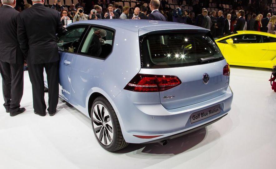 2014 Volkswagen Golf BlueMotion 3-door concept - Slide 5