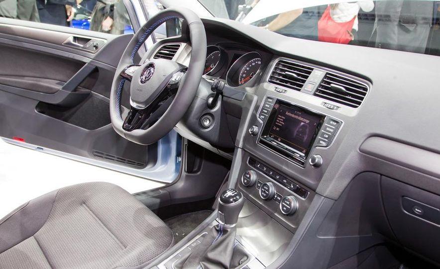 2014 Volkswagen Golf BlueMotion 3-door concept - Slide 17