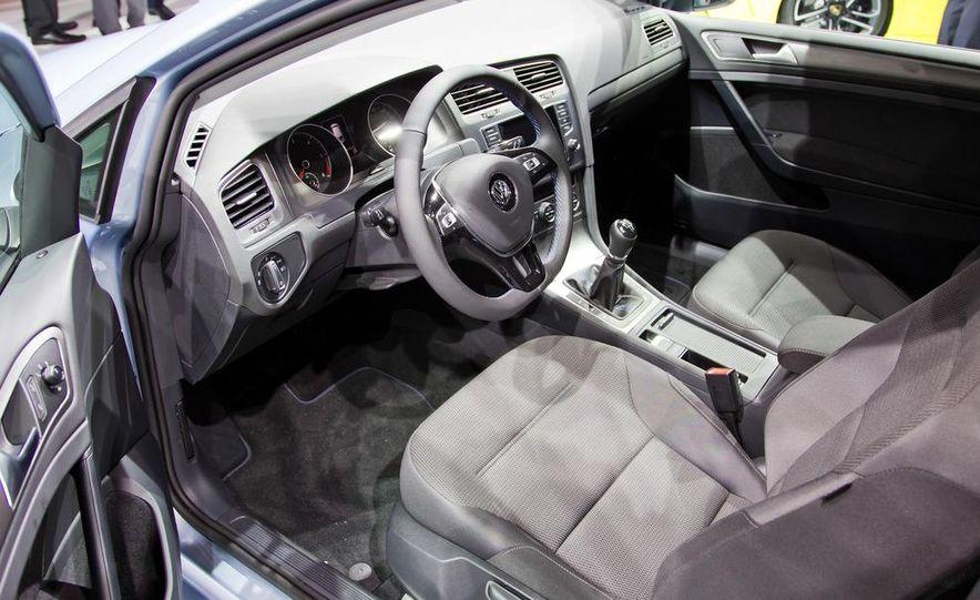2014 Volkswagen Golf BlueMotion 3-door concept - Slide 18
