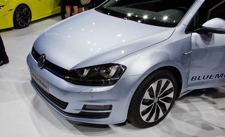 2014 Volkswagen Golf BlueMotion 3-door concept - Slide 12