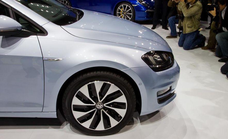 2014 Volkswagen Golf BlueMotion 3-door concept - Slide 13