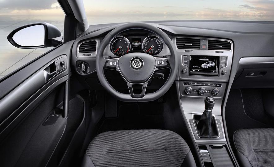 2014 Volkswagen Golf BlueMotion 3-door concept - Slide 40