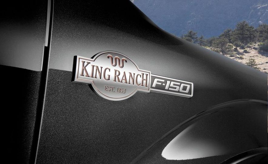 2013 Ford F-150 King Ranch - Slide 2