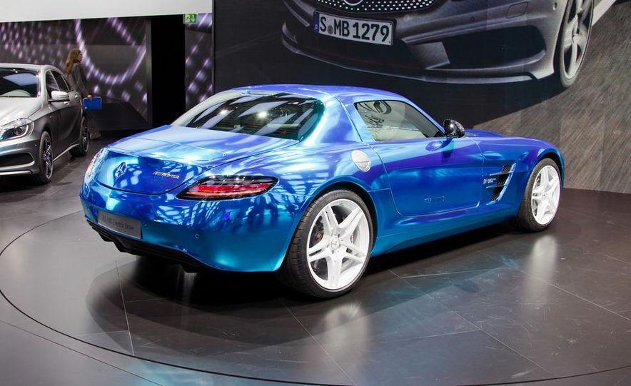 2014 Mercedes-Benz SLS AMG Electric Drive - Slide 10