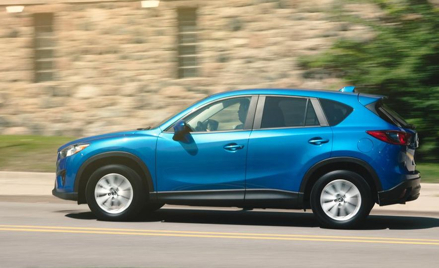 2013 Mazda CX-5 Touring AWD - Slide 4