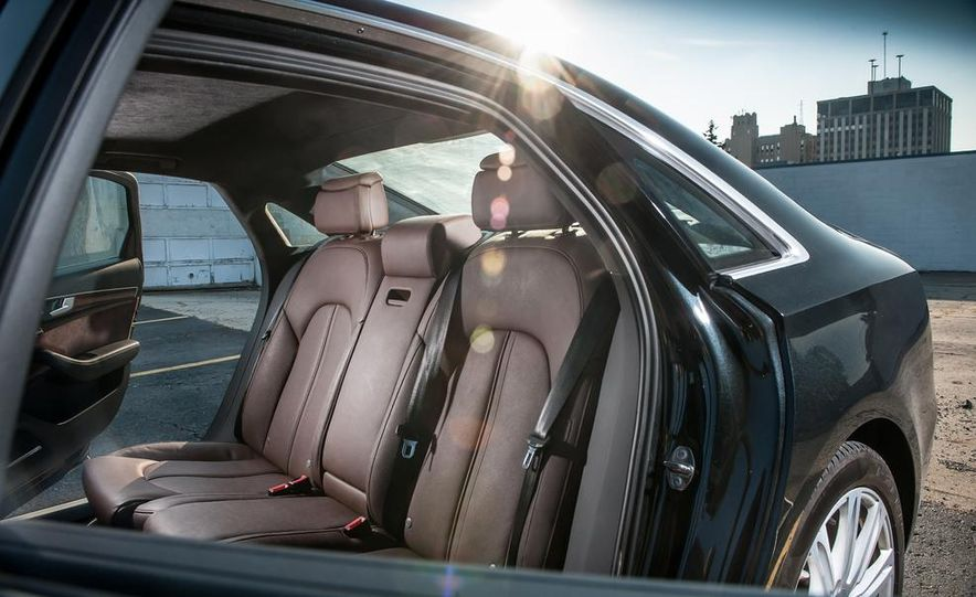2012 Audi A8L 4.2 FSI Quattro - Slide 46