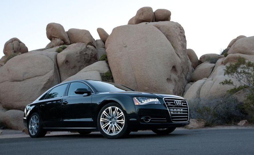 2012 Audi A8L 4.2 FSI Quattro - Slide 9