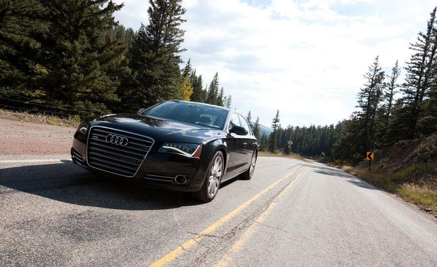 2012 Audi A8L 4.2 FSI Quattro - Slide 11