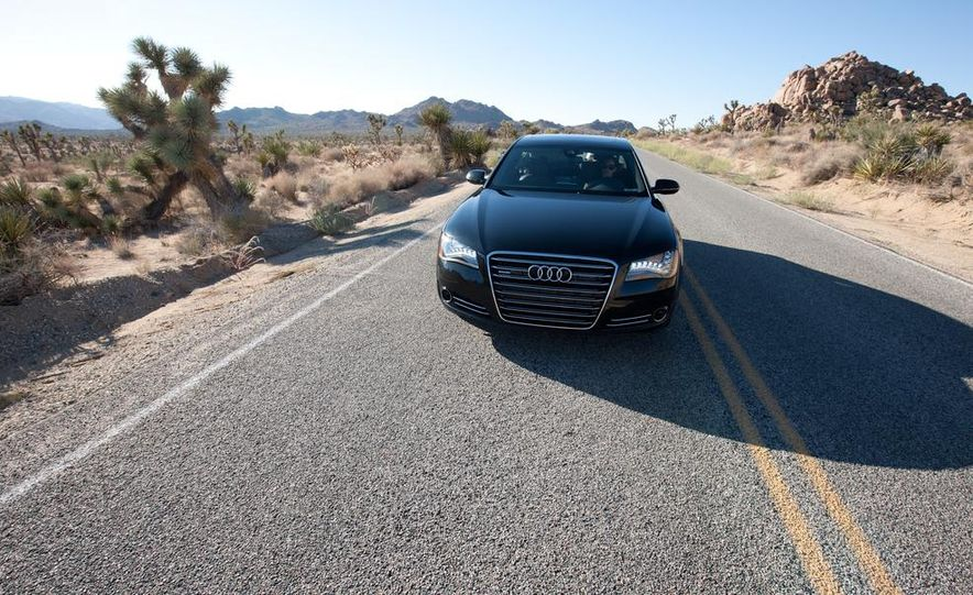 2012 Audi A8L 4.2 FSI Quattro - Slide 13