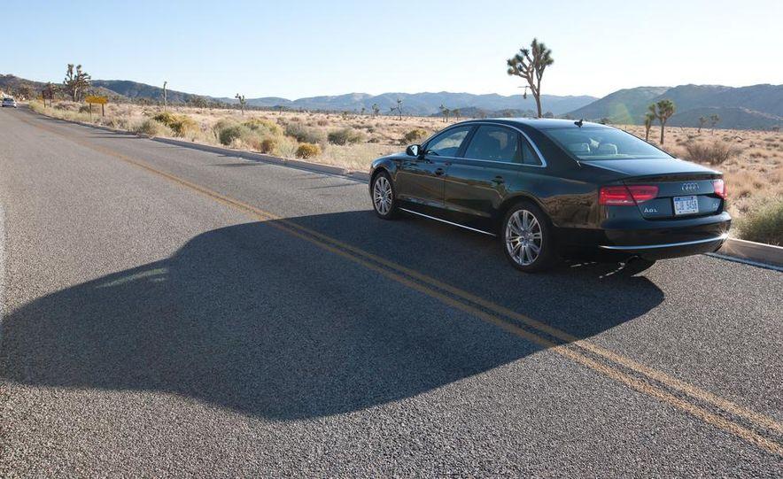 2012 Audi A8L 4.2 FSI Quattro - Slide 15