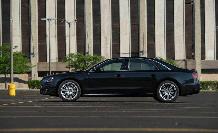 2012 Audi A8L 4.2 FSI Quattro - Slide 37