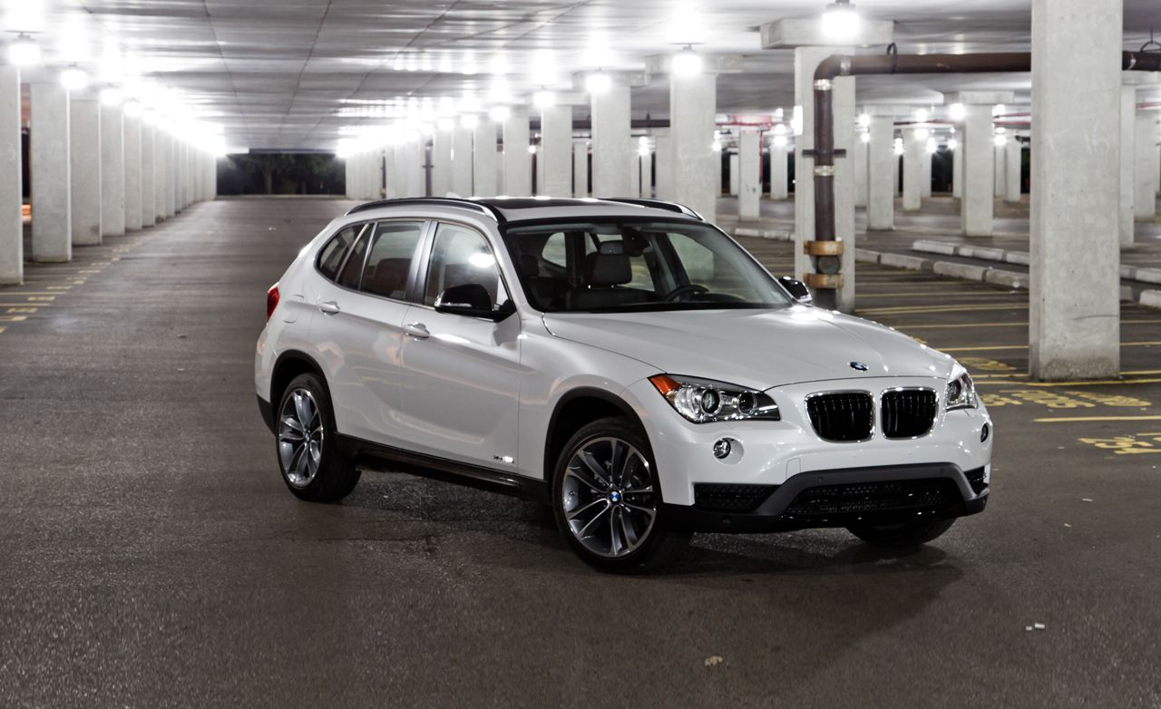 2013 bmw x1 xdrive28i test review car and driver. Black Bedroom Furniture Sets. Home Design Ideas