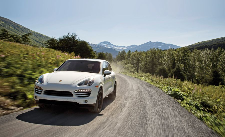 2013 Porsche Cayenne Diesel First Drive Review Car And Driver