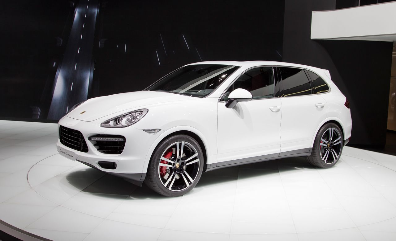 2014 Porsche Cayenne Turbo S Debuts, Packs 550 Horsepower