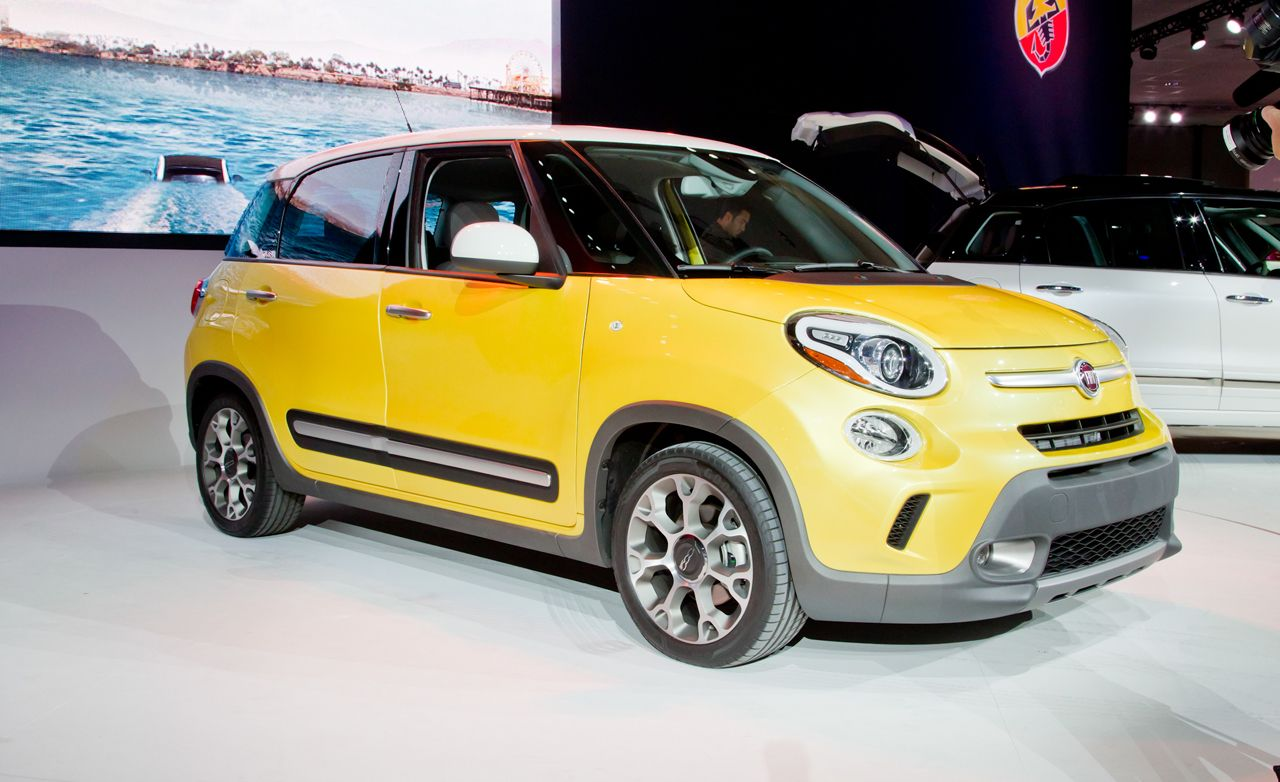 Fiat 500L Reviews  Fiat 500L Price Photos and Specs  Car and