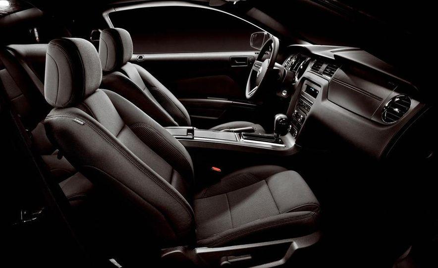 2015 Ford Mustang (artist's rendering) - Slide 90